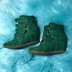 Shoes - Kelly green wedge sneakers 6